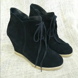 Shoes - Black Leather Fashion Booties